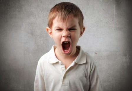 crize-de-furie-copil